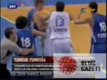 Yunan Ve Sırp Oyuncular Birbirine Girdi