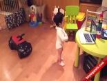 Gangnam Style Dansı Yapan Bebek!