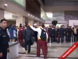 Elazığ'da Galatasaray'a Çoşkulu Karşılama online video izle