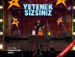 Yetenek Sizsiniz Türkiye - Ali Alkan Çömlek'ten Muhteşem Barmen Şov online video izle