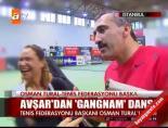 Avşar'dan 'Gangnam' dansı