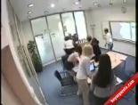 Toplantıda kavga şoku! online video izle