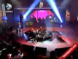 Hande Yenerin Canlı Yayın Performansı Ve Sahne Şovları Büyüledi