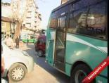 Tramvay ile özel halk otobüsü çarpıştı