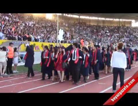 Anadolu �niversitesi Mezuniyet T�reni