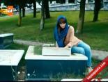 Huzur Sokağı - Feyza Annesinin Mezarını Ziyaret Ediyor