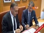 Roberto Mancini Galatasaray'a Resmi İmzayı Attı  online video izle