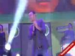 Bursa'da Mustafa Sandal Konseri  online video izle
