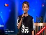 Yetenek Sizsiniz Türkiye - Futbolun Çavuşların'dan Freestyle Futbol Gösterisi İzle online video izle
