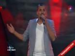 O Ses Türkiye'de Yarışmacı Gökmen Kurt, Hadise'ye Göbek Attırdı