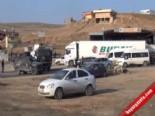 Barzani Ve Perver'i Taşıyan Konvoy Cizre'de  online video izle
