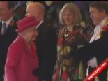 Kraliçe Elizabeth'den Kore Lideri Park Geun-Hye'e Özel Ağırlama  online video izle