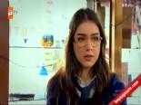 Doksanlar 25. Bölüm: Özlem ve Atilla'nın Kavgası Zeynep'i Ağlattı  online video izle