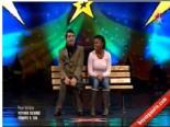 Yetenek Sizsiniz Türkiye - Emrah, Metin ve Gökhan'ın 2. Tur Komedi Gösterisi  online video izle
