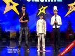 Yetenek Sizsiniz Türkiye - Tercüman Rafet Sürprizi ile Azamat Moloshov'un 2.Tur Performansı