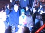 Başbakan Erdoğan Pakistan'da Havai Fişeklerle Karşılandı  online video izle