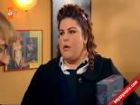 Doksanlar 24. Bölüm: Veysel'den Neşe'ye Aşk Şarkısı online video izle