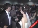 Düğünde Damadı Böyle Suladılar
