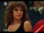Kayıp Şehir 24. Bölüm: Hem Söyledi Hem Eğlendi  online video izle