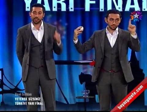 Yetenek Sizsiniz Türkiye - Kıvanç ve Burak'tan Sihirbazlık Gösterisi