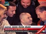 Oyuncu Şafak Sezer, Başbakan Erdoğan'dan Özür Diledi