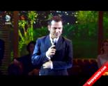 Beyaz Show - Ferhat Göçer Yeni Albüm'den ''Sarıl Bana'' Dinle  online video izle