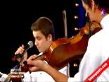 Yetenek Sizsiniz Türkiye Grup Yeni'nin İkinci Tur Performansı  online video izle