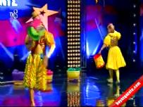 Yetenek Sizsiniz Türkiye – Papaluchi – Sirk Gösterisi – İzle