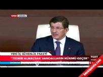 Ahmet Davutoğlu: Molotof bomba sayılacak