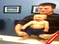 Vücut geliştirici bebek