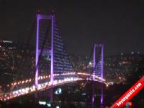 FSM İle Boğaziçi Köprüleri 'Meme Kanseri' İçin Pembe Işığa Büründü