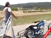 Karşınızda motosikletli gladyo!