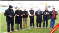 Ligden Düşen Yeni Kırşehirspor, Yöneticileri Stadin Ortasinda Hocayla Birlikte Dua Etti