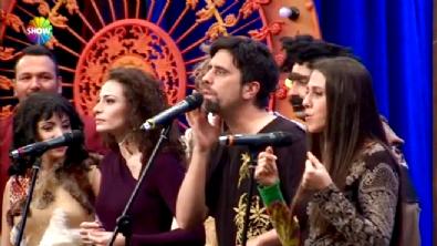Ezo Sunal ve Ekibinden Muhteşem Gösteri / Güldür Güldür Show