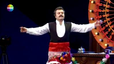 -YENİ-Güldür Güldür Show Şevket ve Bilal'den Köçek Dansı (5 Aralık 2014)