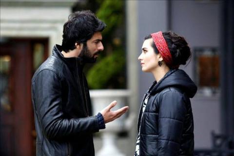Kara Para Aşk 2. Bölüm İzle 19 mart 2014