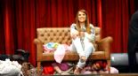 Arkadaşım Hoşgeldin Son Bölüm: Demet Akalın ve Eşi Okan Kurt ile Bohçacı Skeci izle (Tek Parça) 24 Nisan 2014 online video izle