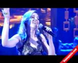 Beyaz Show - Funda Arar ''Sigaramın Dumanına Sarsam'' Dinle Canlı Performans  online video izle