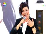 Show TV Gülben - Işın Karaca 'Az Bi Mesafe' Dinle  online video izle