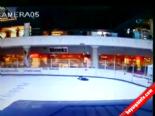 Avm'nin Buz Pateni Pistine Çakılan Genç Böyle Görüntülendi