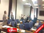 AK Partili Feramuz Üstün İle CHP'li Özgür Özel Arasında Yumruklu Kavga  online video izle