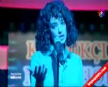 Kardeş Payı 18. Bölüm - Feyza Şarkı Söylüyor 'Devlerin Aşkı Büyük Olur' izle&dinle (10 Temmuz 2014)  online video izle