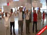 Atatürk Havalimanı'nda 5 Dilde İsrail Protestosu  online video izle