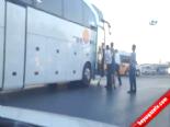 Otobüs Şoförleri Tekme Tokat Birbirine Girdi  online video izle
