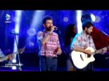 X Factor Star Işığı Finalleri - Grup Kosinüs 'Ah Bu Hayat Çekilmez' izle&dinle (Gruplar Kategorisi)