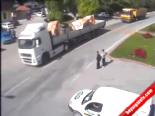 Karaman'da Trafik Kazaları Mobese Kamerasında  online video izle