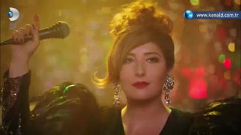 dizi muzikleri - Ulan İstanbul - Karlos ile Yaren'den 'Yanarım' Düeti izle&dinle