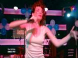Kardeş Payı 17. Bölüm - Feyza Şarkı Söylüyor ''Dolana Ay Dolana'' Dinle online video izle