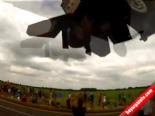İngiltere'de Türk Pilot F16 İle Gösterisi Nefes Kesti  online video izle
