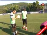 Beşiktaşlı Futbolculardan Frikik Resitali  online video izle